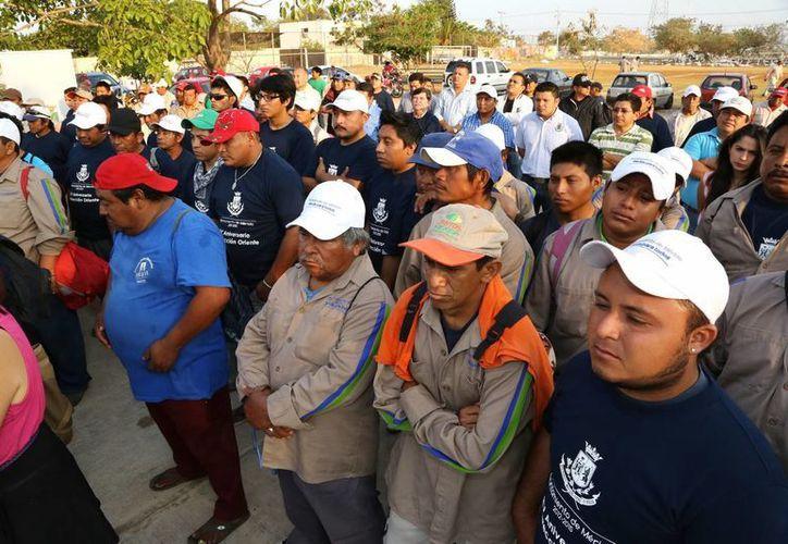 Trabajadores de la central oriente de Servicios Públicos Municipales. (Cortesía)