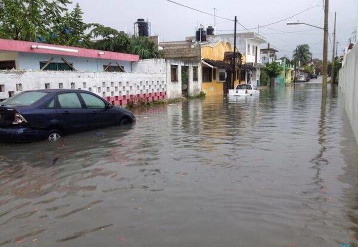 Las inundaciones que se registraron el martes, fueron solucionados. (@lumen622/Twitter)