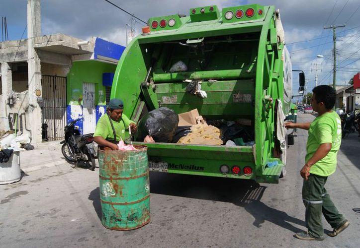 Acopian 120 toneladas de residuos cada día en la isla. (Gustavo Villegas/SIPSE)