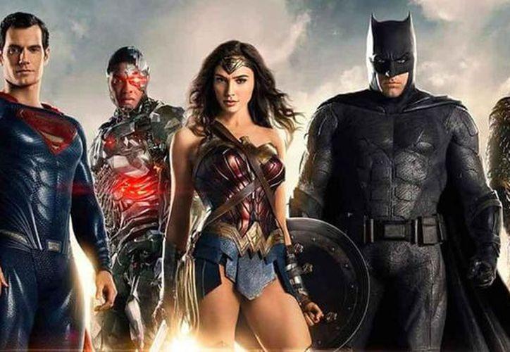 Batman acelera su plan de reunir un equipo superpoderoso. (Contexto/Internet)