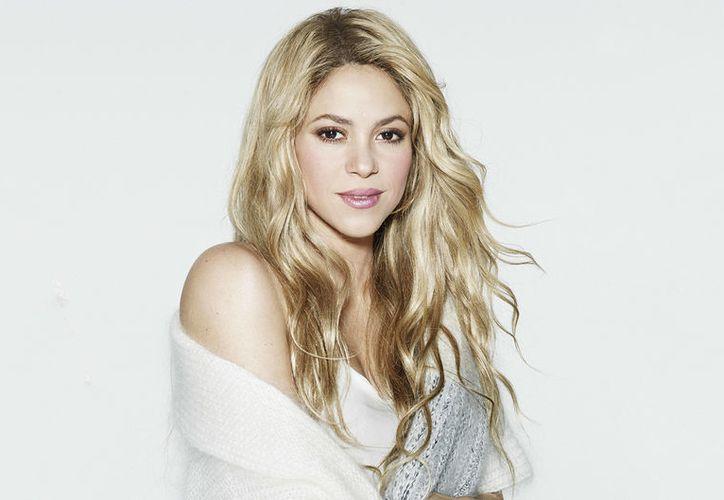 Un rumor asegura que Shakira le pidió a su esposo Gerard Piqué dejar la camiseta del Barcelona. (Contexto/Internet).
