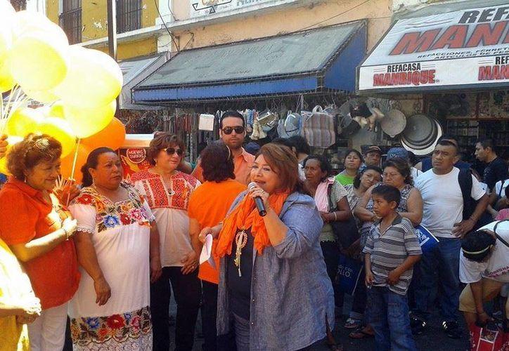 El personal del IEGY realizó el evento en el mercado Lucas de Gálvez. (SIPSE)