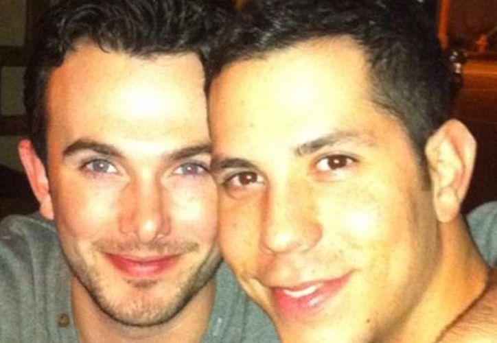 Se encuentra Christian Chávez en casa tras altercado con su novio Ben. (queerty.com)