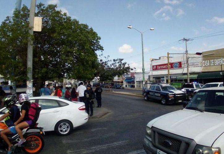 El sicario corrió con dirección a la Región 94, donde uno de sus cómplices ya lo esperaba en una motocicleta. (Redacción)