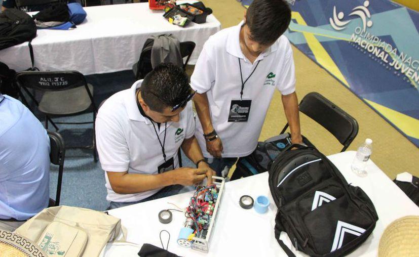 En el evento participan estudiantes de varios estados. (Paola Chiomante/SIPSE)