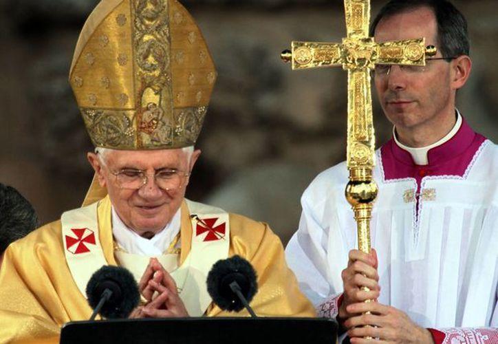 La Arquiócesis llama a descubrir los signos de la voluntad de Dios en la renuncia del Papa. (Notimex)