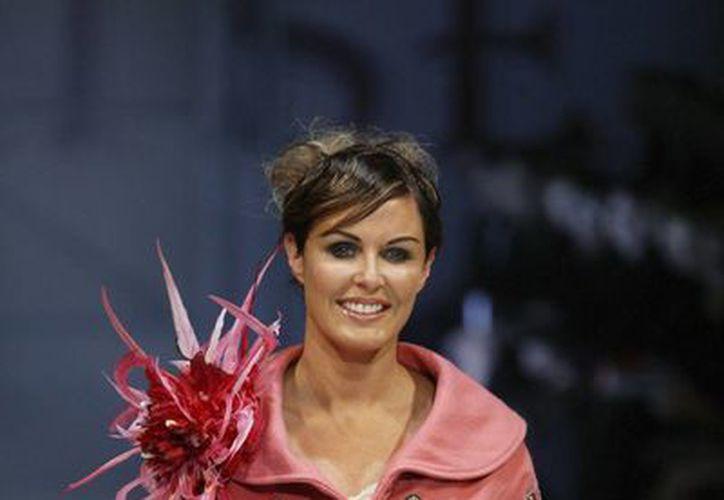 Foto del 20 de noviembre del 2004 de Charlotte Dawson durante un desfile de modas en Auckland, Nueva Zelanda. (Agencias)