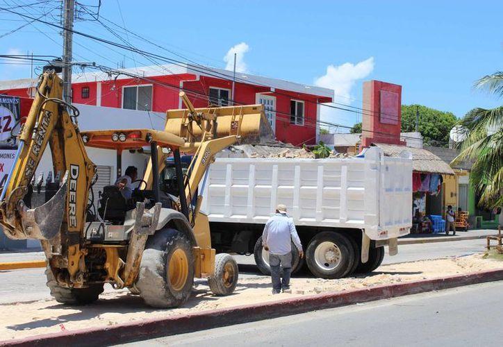 Se espera la pavimentación de calles en la colonia La Veleta, y en la comunidad de Yaxche. (Sara Cauich/SIPSE)