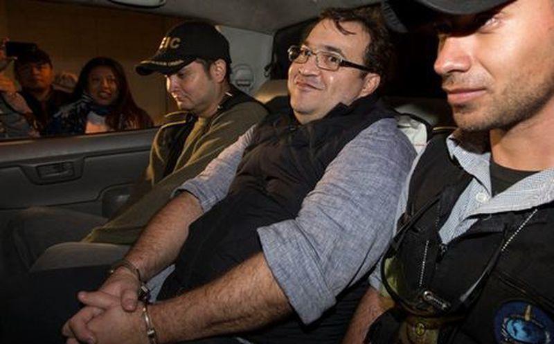 Así celebraron el arresto de Duarte en un café de Veracruz
