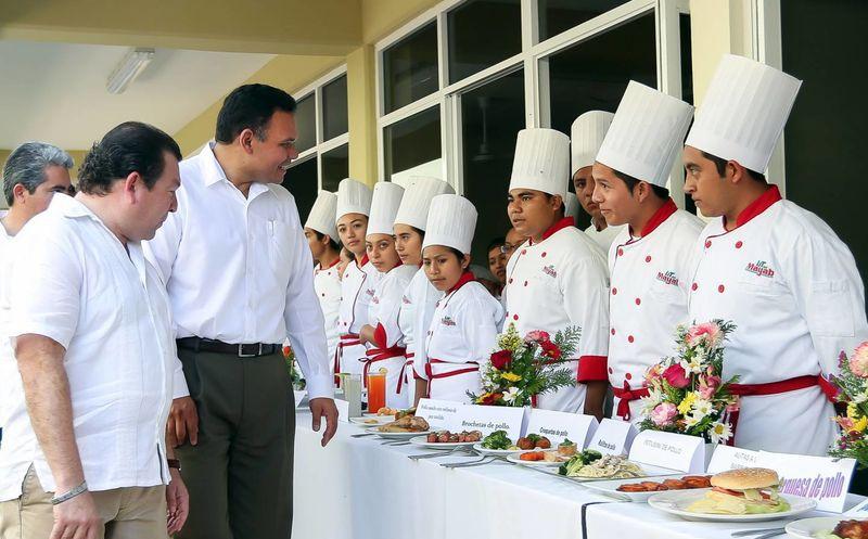 Incrementan oferta educativa en peto yucat n con una - Carrera de cocina ...
