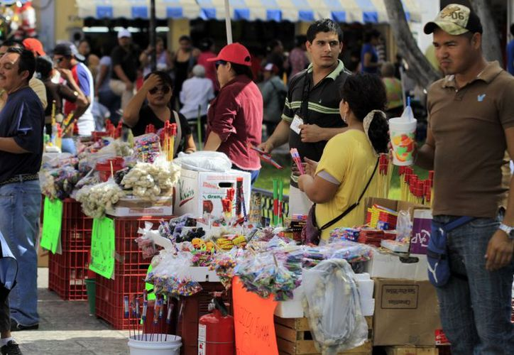"""Según la Comuna, sólo hay 110 vendedores en el """"Eulogio Rosado"""". (Christian Ayala/SIPSE)"""