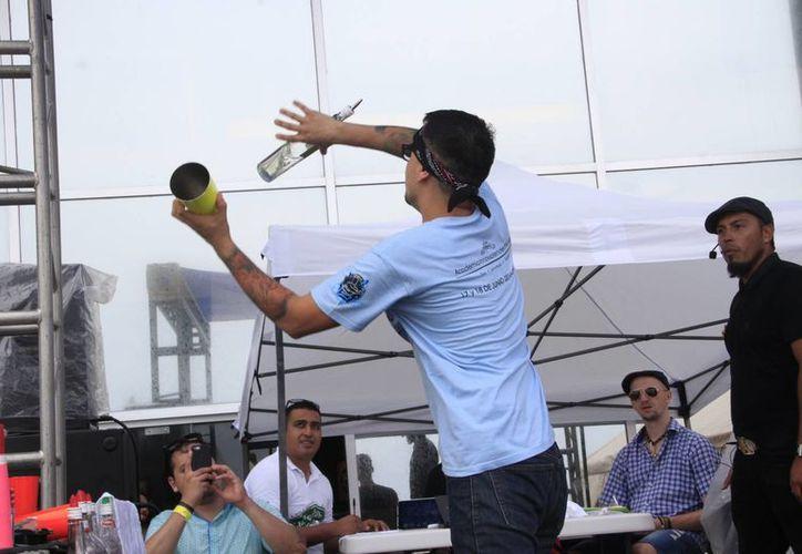 El evento tuvo lugar en las instalaciones del Hard Rock Café. (Tomás Álvarez/SIPSE)