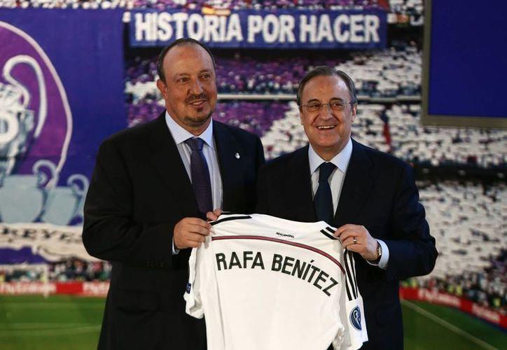 """""""Vuelvo a mi casa"""", fueron las primeras palabras del estratega en su presentación oficial 20 años después, ahora para dirigir al equipo blanco. Dirigió al Real Madrid B de 1993 a 1995.  (AP)"""