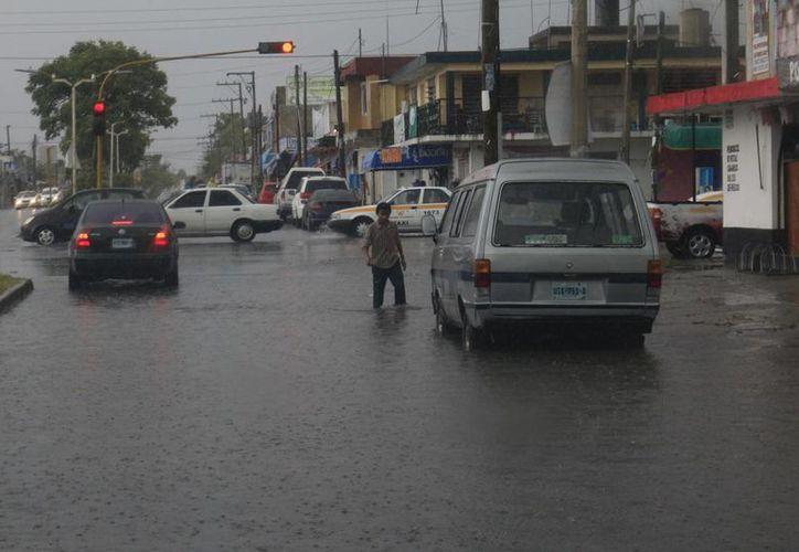 La probabilidad de lluvias es del 80 por ciento. (Harold Alcocer/SIPSE)