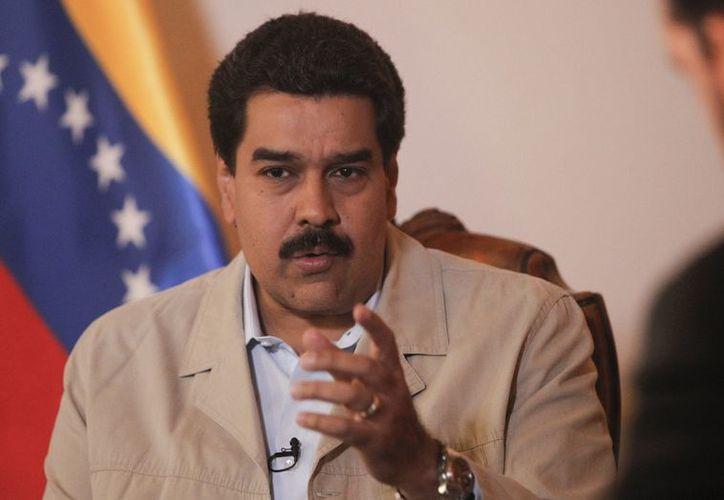 """Nicolás Maduro afirmó que Chávez sigue """"remontando la cuesta"""". (EFE)"""