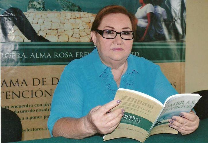 Alma Rosa Freyre tiene poco más de tres mil poemas y va a escribir más. (Foto: Redacción)