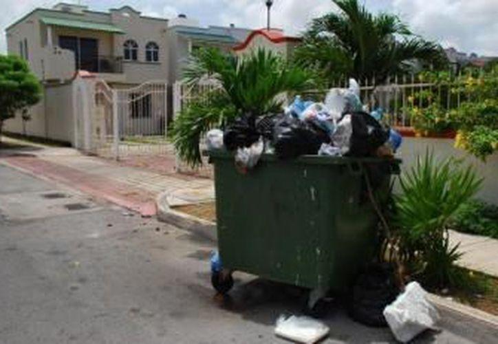 Los contribuyentes deben declarar ante las autoridades cuánta basura generan. (Redacción/SIPSE)