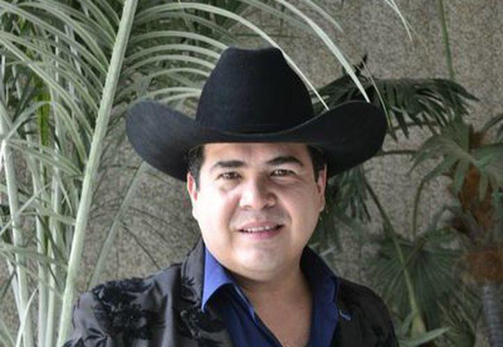 El cantante tapatío Luis Michel Jr. llegó a Mérida con su disco nuevo para presentar el sencillo 'Si tú no me querías'. (Milenio Novedades)