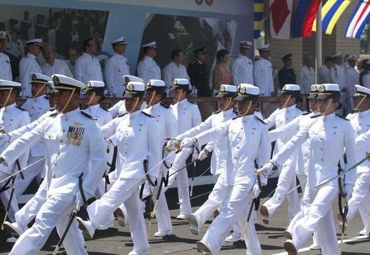Aspecto de la ceremonia de graduación de la Escuela de Formación y Capacitación de la Armada de México, en Antón Lizardo Veracruz. (Notimex)