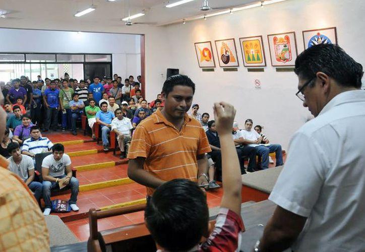"""El evento se realizó en el """"Salón Municipios de Quintana Roo"""" del Ayuntamiento. (Cortesía/SIPSE)"""