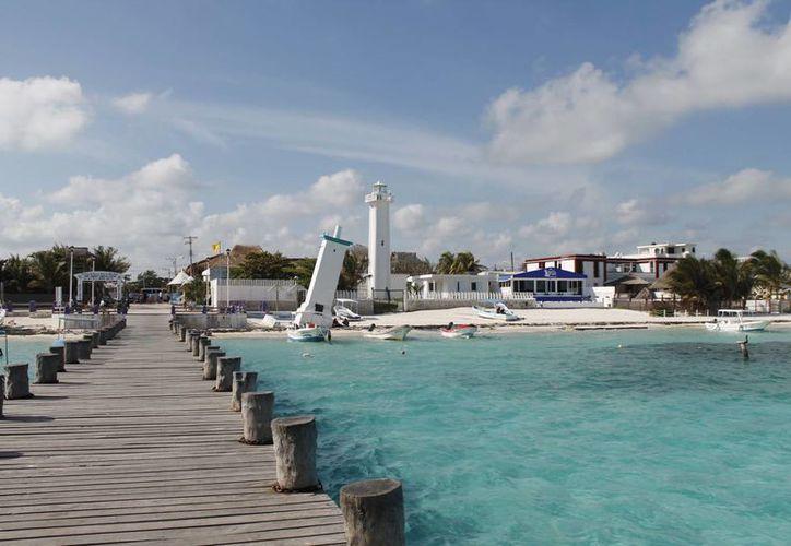 La finalidad es mejorar el aspecto de la alcaldía de Puerto Morelos. (Redacción/SIPSE)