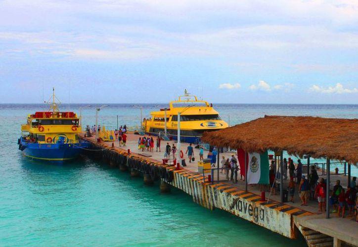 Para que pueda operar la naviera 'Barcos Caribe' se necesita la ampliación del muelle de la terminal marítima de Playa del Carmen.  (Daniel Pacheco/SIPSE)