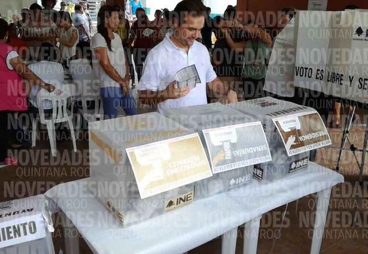 Pedro Joaquín dijo que confía que la jornada electoral le favorezca. (Gustavo Villegas/SIPSE)
