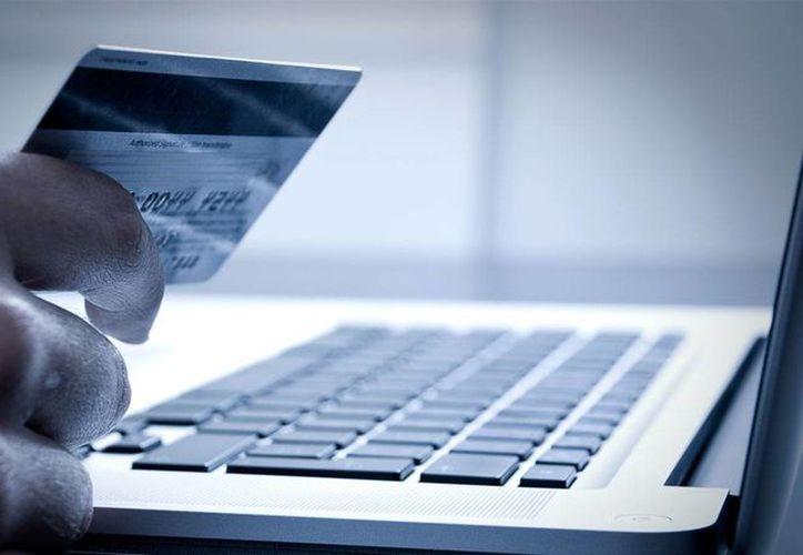 La mayoría de las transacciones en línea fueron para comprar y pagar servicios y bienes no tangibles. (mexicanbusinessweb.mx)