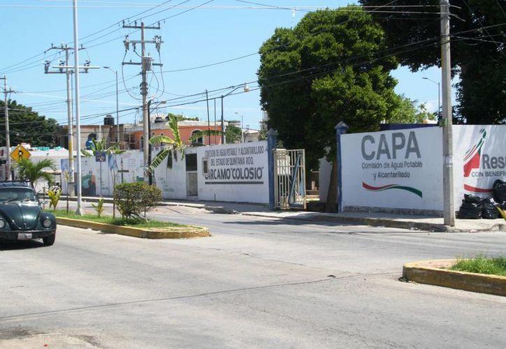 Habitantes de las zonas cercanas a dos cárcamos de la CAPA se quejan de malos olores. (Octavio Martínez/SIPSE)