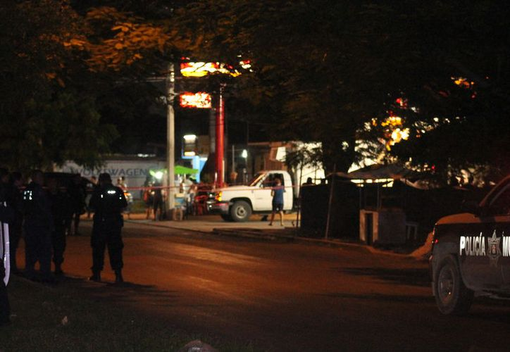 Una persona falleció y otros dos quedaron lesionados tras ser agredidos en la Región 231. (Luis Hernández/SIPSE)