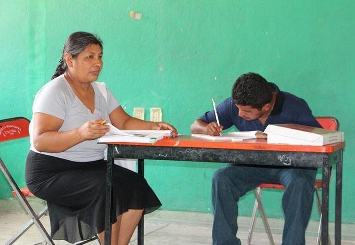 El programa 'Jóvenes por un México alfabetizado' es la gran apuesta del Imjuve para la segunda mitad de la administración federal, informo el titular del instituto José Manuel Romero Coello. (Archivo Notimex)