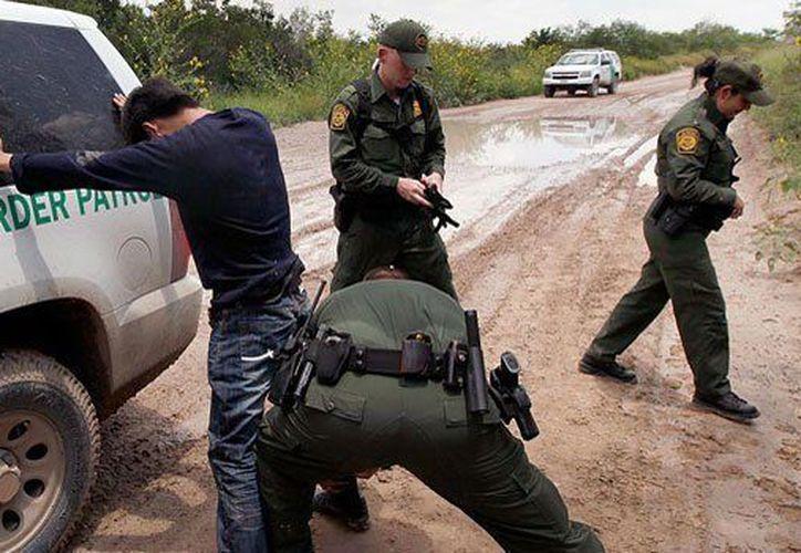 Los inmigrantes fueron arrestados por agentes de frontera y aduanas de Estados Unidos. (MVS).