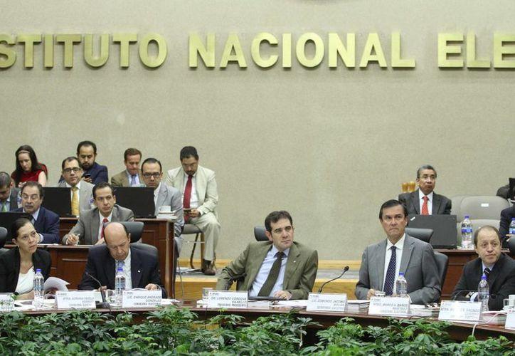 El INE envió a las cabeceras de las cinco circunscripciones federales el resultado del cómputo para diputados de representación proporcional. (Notimex)