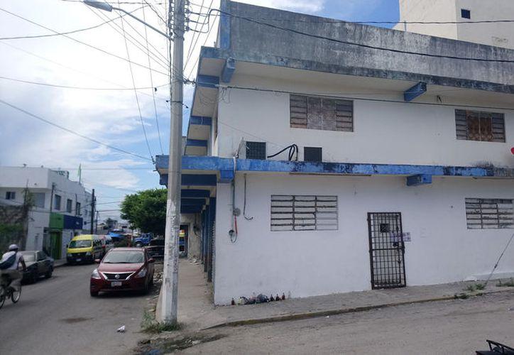 Elementos de seguridad aseguraron a 39 personas de nacionalidad cubana dentro de un domicilio en la Región 64, (Foto: Redacción/SIPSE)