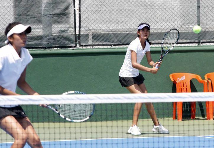 Los partidos se realizaron en el Club Casablanca, Spirit y World Academy Tenis. (Francisco Gálvez/SIPSE)