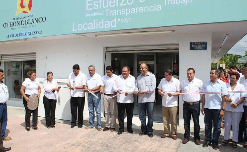 Funcionarios de los tres niveles de gobierno participaron en la inauguración el Imes. (Cortesía/SIPSE)