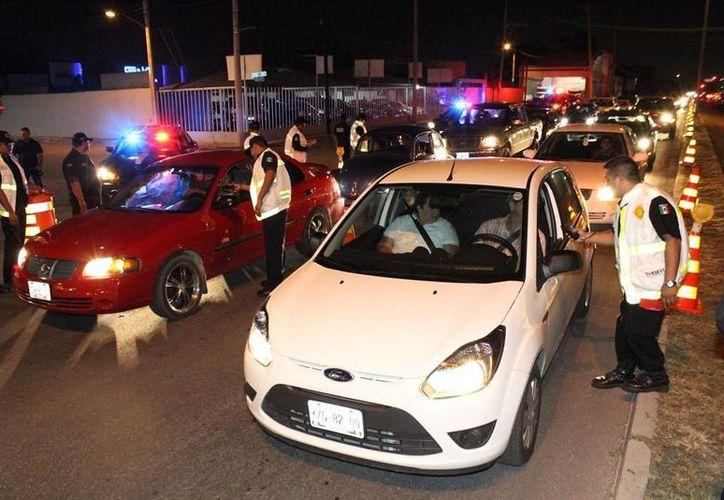 En la carretera Mérida-Progreso se registró un aforo de 3 mil 240 vehículos por hora. (Cortesía)
