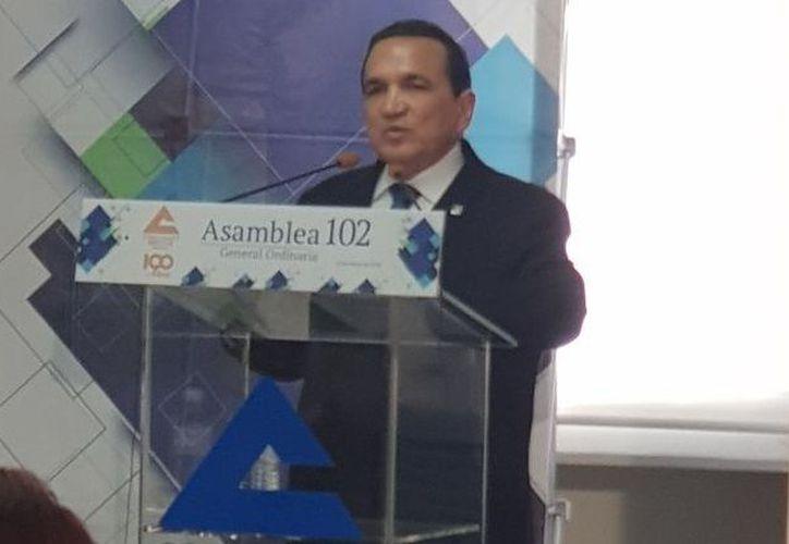 Nuevo presidente de la Confederación de Cámaras Nacionales de Comercio, Servicios y Turismo, (Concanaco), José Manuel López Campos. (SIPSE)