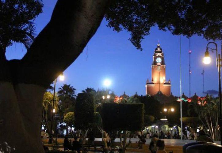 Tanto de día como de noche, Yucatán se ha convertido en uno de los lugares más atractivos de nacionales y extranjeros para realizar filmaciones. (SIPSE)