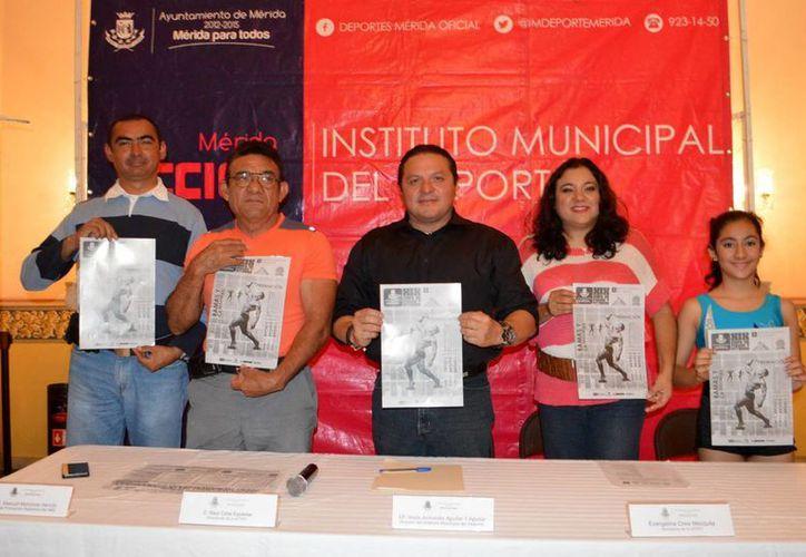 Para la XIX Copa Municipal de Fisicoconstructivismo y Fitness se espera la competencia de unos 150 exponentes. En la foto, la presentación del evento. (Milenio Novedades)