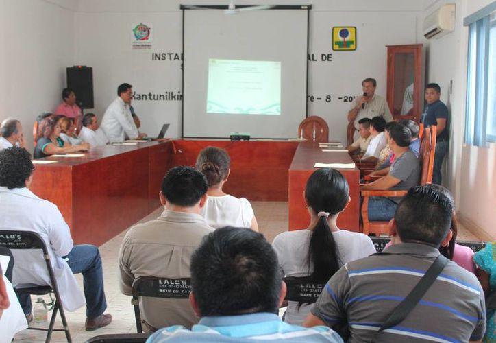 Instalan Comité de Seguridad en Salud en el municipio. (Raúl Balam/SIPSE)