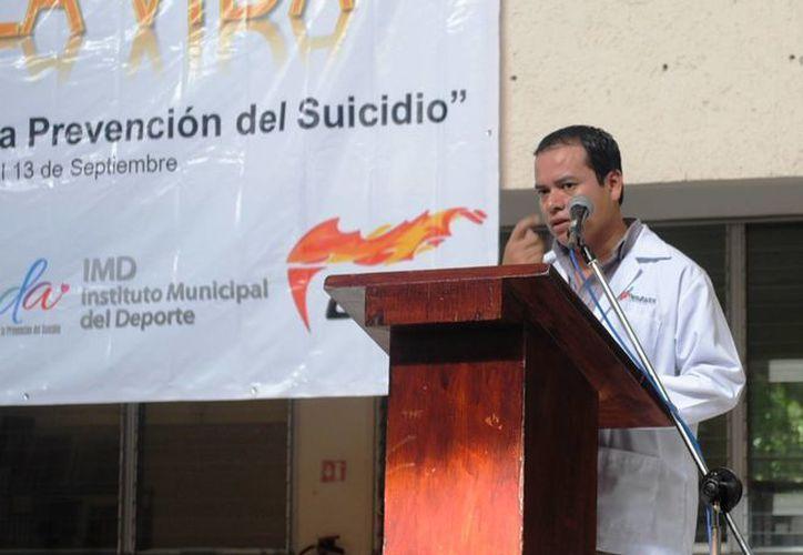 Jorge Gutiérrez Contreras durante el evento del Día Mundial de Prevención del Suicidio. (Israel Leal/SIPSE)