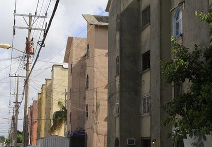 Algunas viviendas registraron daños debido a las severas lluvias. (Tomás Álvarez/SIPSE)