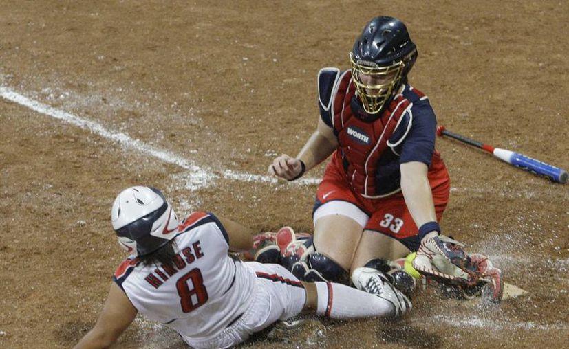 El Softbol cuenta con una gran cantidad de mujeres alrededor del mundo que lo practian. (Foto: Agencias)