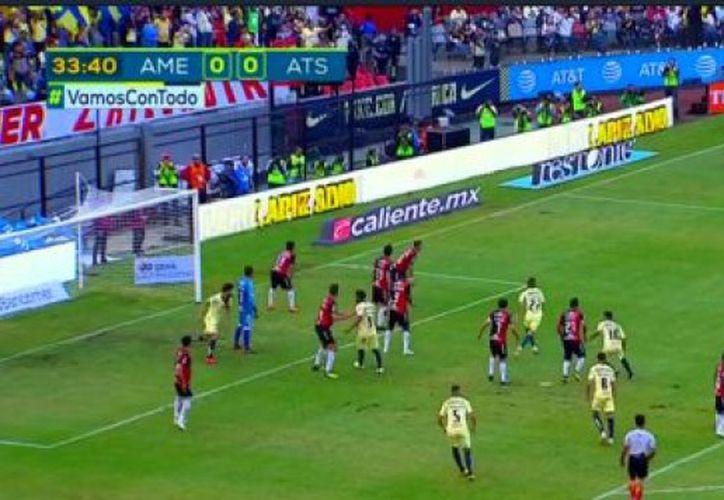 Las 'Águilas' del América tuvieron un inicio de partido con dudas, pero el argentino Guido Rodríguez se encargó de marcar el camino al triunfo. (Foto: captura)