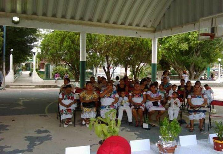 Las actividades se desarrollaron en el domo deportivo de Ignacio Zaragoza. (Raúl Balam/SIPSE)