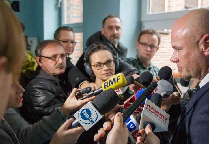 Inédito trasplante de garganta en Polonia