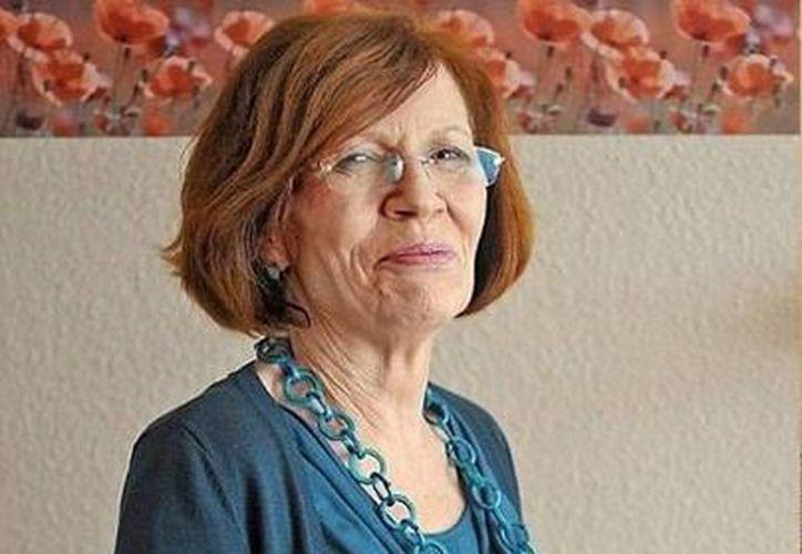 Annegret Raunigk prefirió recurrir a óvulos donados para que fueran fertilizados e implantados en una clínica fuera de Alemania. (clarin.com)