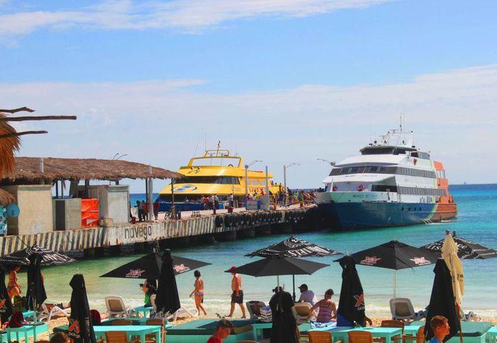 Ante la entrada de una tercera empresa marítima se solicitarían nuevos horarios de llegadas. (Daniel Pacheco/SIPSE)