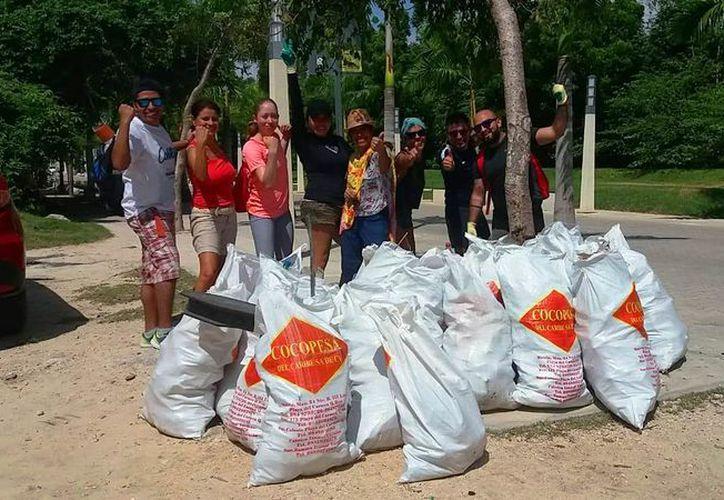 Los ciudadanos programaron la siguiente limpieza en Punta Esmeralda. (Daniel Pacheco/SIPSE)